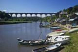 Calstock and Railway Viaduct over the River Tamar  Cornwall  England  United Kingdom  Europe