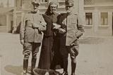 Campagna Di Guerra 1915-1916-1917-1918: Nurse with Soldiers