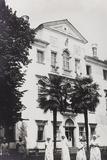 WWI: Red Cross Nurses Villa Brazzà  Home to 17 of the Hospital of War in Soleschiano Manzano