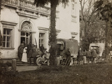 WWI: Visit of the Count Guerrini a Villa Brazzà  Home to 17 of the Hospital of War