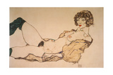 Reclining Nude in Green Stockings  1914