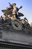 Grand Central Station Exterior (Statue and Clock)