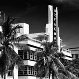 Art Deco Architecture of Miami Beach - The Esplendor Hotel Breakwater South Beach - Ocean Drive