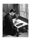 Kohei Murakoso während einer Kalligraphie-Studie  1937