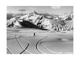 Skifahrer in den Südtiroler Dolomiten bei Cortina  1930er Jahre