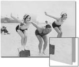 Joan Crawford and Dorothy Sebastian at the swimming lessons  1927
