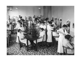 Friseurklasse in einer Berufsschule in Paris  1936