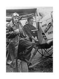 Pilot und Crewmitglied die am Europa-Rundflug teilnehmen werden  1932
