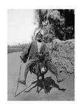 Ägypter reitet auf einem Esel  1937