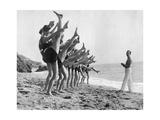 Gymnastik am Strand  1926