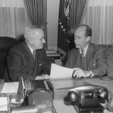 President Harry Truman (Left) with Governor Adlai Stevenson at the White House on Dec 12  1952