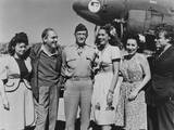 General Claire L Chennault with Uso Entertainers in Kunming  China  October 26  1944