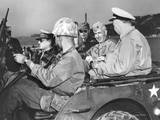 US Commanders  Gen Douglas Macarthur and Marine Gen Oliver Smith  Tour of Inchon Beach