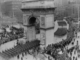 US Army Soldiers March Through Washington Square Arch in New York City