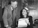 Margaret Truman Signs a Contract to Make a Recording  Feb 1 1950