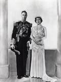 King George Vi and Queen Elizabeth of England  1939