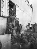 US Marines Board a Ship for Evacuation from Hungnam  North Korea