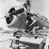 Navy Wave Aviation Machinist's Mates  Working on an North American Aviation Snj Training Plane