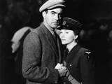 This Above All  from Left: Tyrone Power  Joan Fontaine  1942