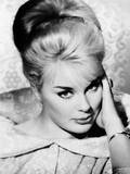 Don't Bother to Knock  (Aka Why Bother to Knock)  Elke Sommer  1961