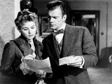 Gaslight  from Left  Ingrid Bergman  Joseph Cotten  1944