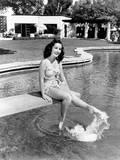 Elizabeth Taylor  Ca 1947