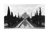 The Taj Mahal  Agra  India  1916-1917