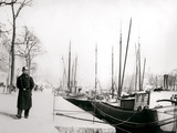 Policeman by a Canal  Rotterdam  1898
