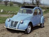 A 1959 Citroën 2CV CI