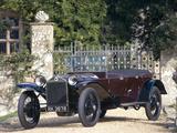 A 1926 Lancia Lambda 6th Series
