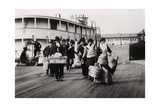 Immigrants to the USA Landing at Ellis Island  New York  C1900