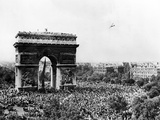 Celebrating the Liberation of Paris  26 August 1944