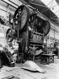 Giant Press  Vauxhall Factory  Luton  Bedfordshire  1935