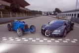 Bugatti 51 a und Veyron 164