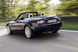 Mazda MX-5 20 MZR Roadster Coupe