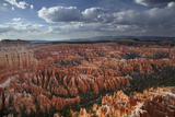 Utah  Bryce Canyon National Park  Hoodoos in Bryce Amphitheater