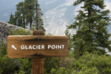 USA  California  Yosemite National Park  Glacier Point Directional Sign