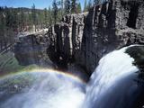 California  Devils Postpile Nm  Rainbow Falls on the San Joaquin River