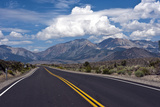 USA  California  Vistas Along Highway 120 of the White Mountains