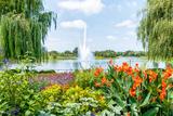 He Fountain in the Chicago Botanic Garden  USA