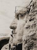 Workmen on George Washington  Mt Rushmore