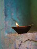 Lamp in a Little Shrine Outside Traditional House, Varanasi, India Aluminium par Keren Su