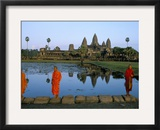Monks in Saffron Robes  Angkor Wat  Unesco World Heritage Site  Siem Reap  Cambodia  Indochina