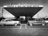 Drive-In-Restaurant, in Los Angeles Suburb Aluminium par Loomis Dean