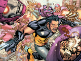 Ultimate X-Men No85 Group: Storm  Wolverine and Sentinel