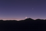 Conjunction of the New Moon  Venus  and Mercury at Dusk over the Atacama Desert and Cerro Paranal