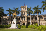 King Kamehameha Statue in Front of Aliiolani Hale (Hawaii State Supreme Court)
