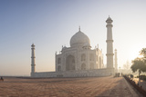 Dawn at the Taj Mahal  UNESCO World Heritage Site  Agra  Uttar Pradesh  India  Asia