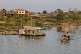 River Family Living on the Tonle Sap River in Kampong Chhnang  Cambodia  Indochina