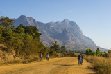Road Leading to the Granite Peaks of Mount Mulanje  Malawi  Africa
